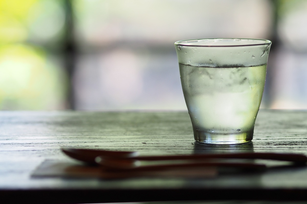 Drinking More Water Makes a Healthy Smile